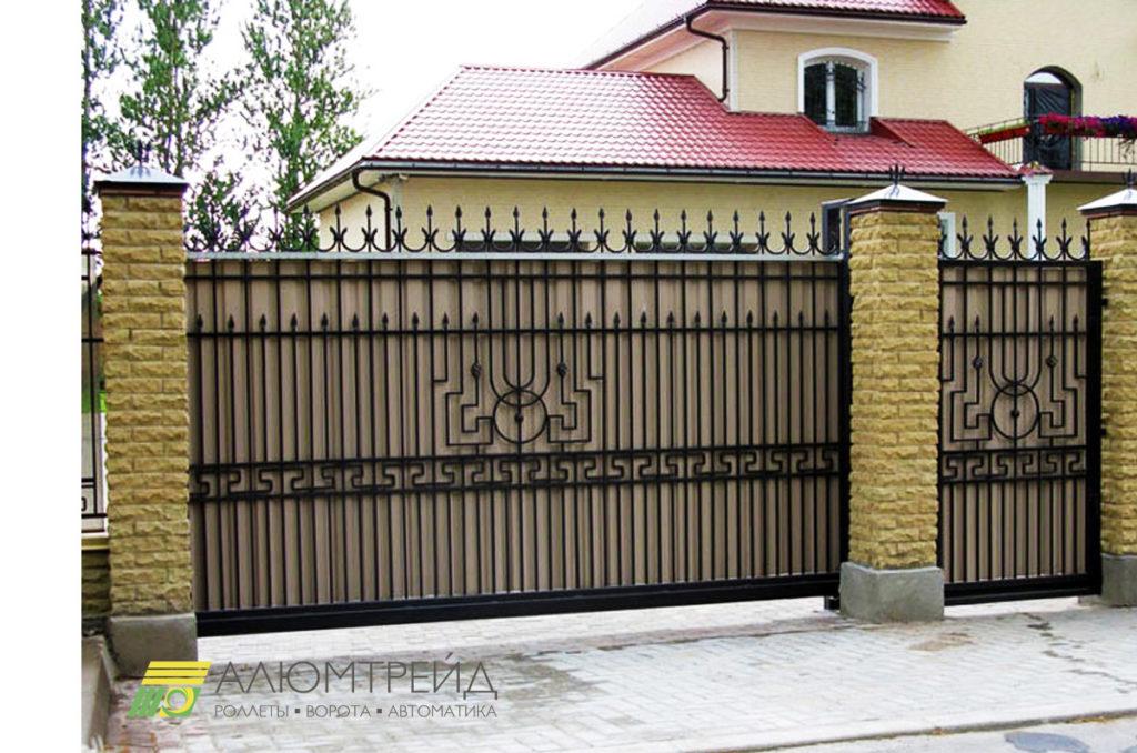 ворота с кованными вставками